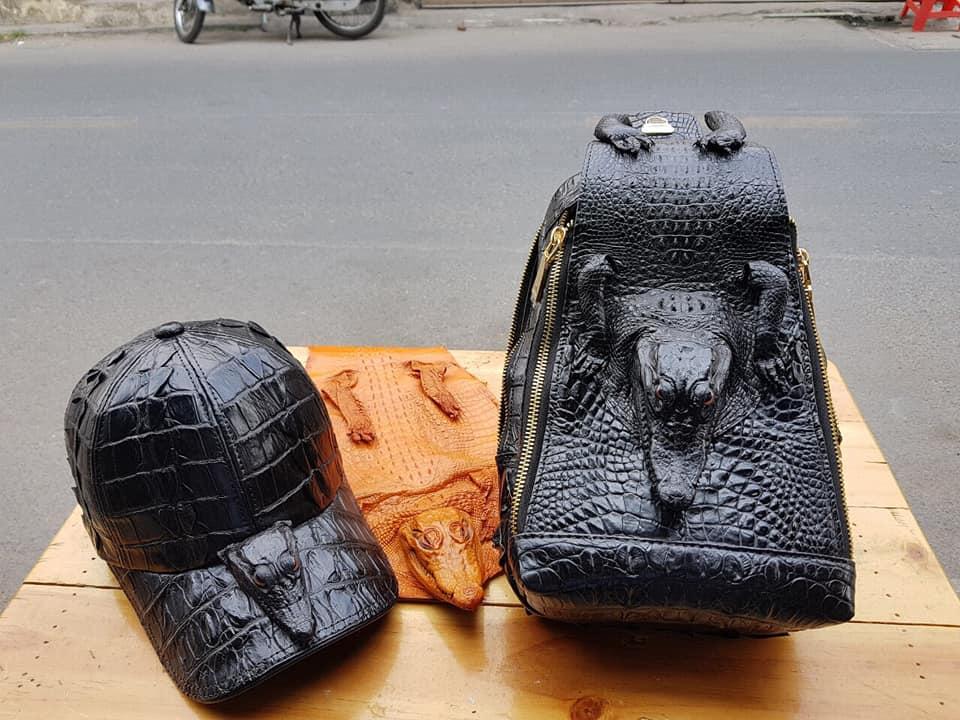 Túi đeo chéo da cá sấu Đầu Cá HBTDCDCS02