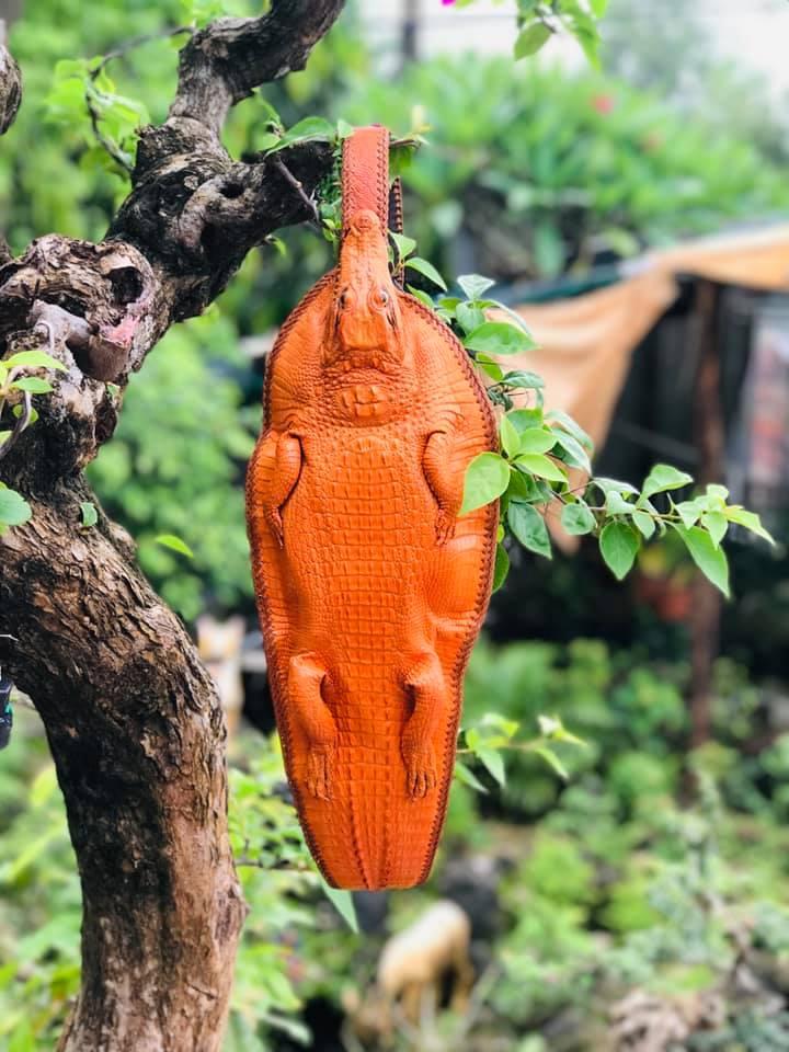 Túi đeo chéo da cá sấu Nguyên Con HBTDCDCS03