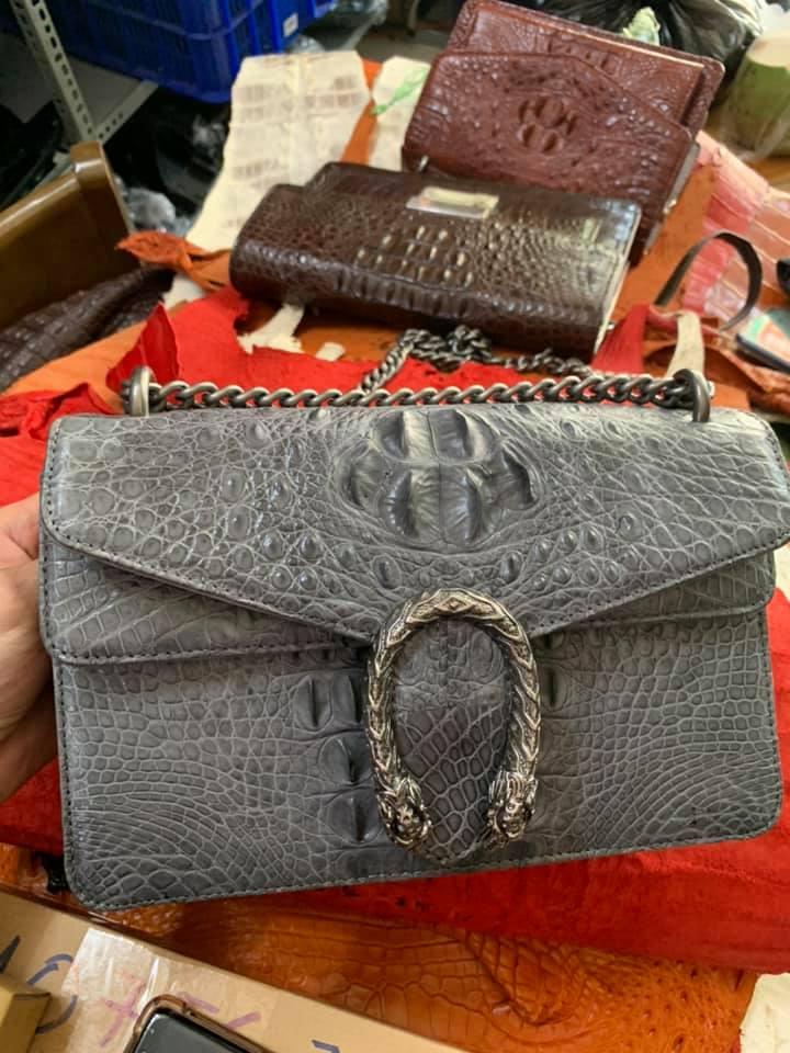 Túi đeo chéo da cá sấu nữ HBTDCDCSN01